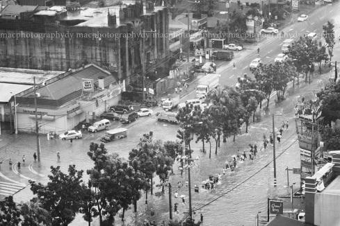 Quezon City, Quezon Avenue corner West Avenue, 1615 hrs.