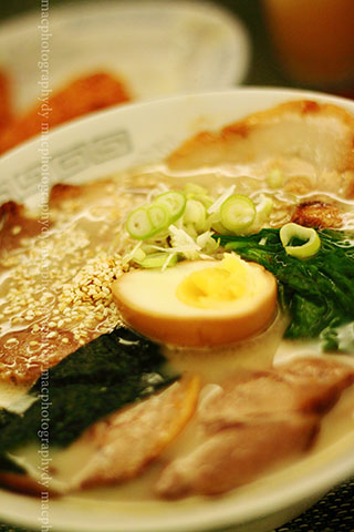 Chasyu ramen-Japanese noodle soup with pork slices