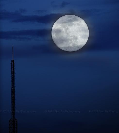 MacDy_Moon_1220_004sa