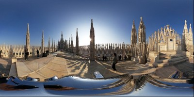 On the roof of 12492-400x200 The Cathedral Duomo di Milano By: (gigapanbot) on November 16, 2008